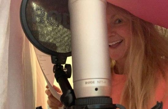 Sarah-Hadland-recording
