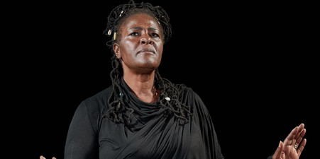 2x1Sharon_D_Clarke_in_First_Do_No_Harm_-_The_Greatest_Wealth_at_The_Old_Vic_credit_Manuel_Harlan_1_zonpm6