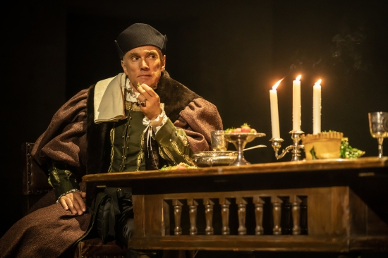 Ben Miles as Thomas Cromwell in The Mirror and the Light (3) - Photo by Marc Brenner - Copy